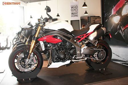 Moto Triumph Speed Triple R chinh hang gia 699 trieu tai VN - Anh 14