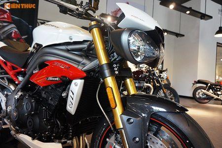 Moto Triumph Speed Triple R chinh hang gia 699 trieu tai VN - Anh 4