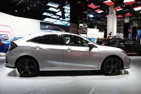 Xe oto Honda Civic diesel 'uong' chi 3,7 lit xang/100 km - Anh 4