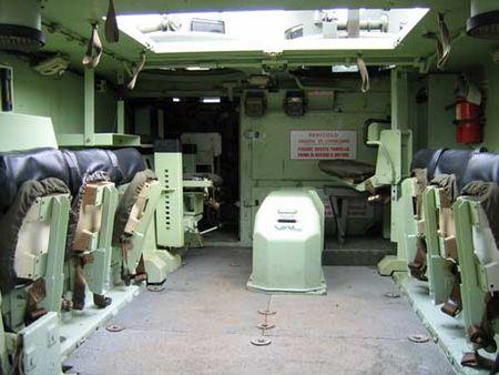 Indonesia nhan thiet giap M113 phien ban 'boi lan' dau tien - Anh 4