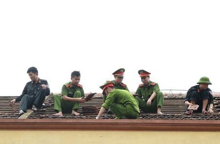 Thu tuong: 'Khong de con canh tieu dieu' nhung noi bao di qua - Anh 1