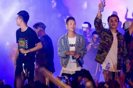 Fan hoa giong hat cung Toc Tien ban hit trieu luot nghe - Anh 10