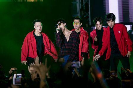 Fan hoa giong hat cung Toc Tien ban hit trieu luot nghe - Anh 4