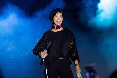 Fan hoa giong hat cung Toc Tien ban hit trieu luot nghe - Anh 7