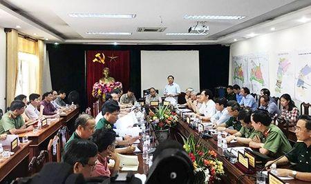 Thu tuong Nguyen Xuan Phuc kiem tra tinh hinh khac phuc hau qua bao so 10 tai Ha Tinh - Anh 1