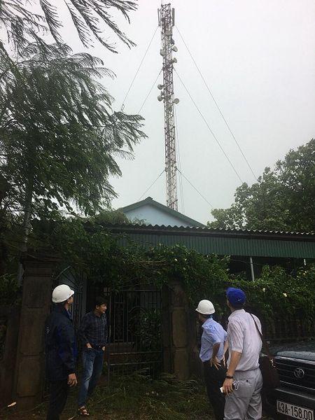 MobiFone chu dong bao dam thong tin lien lac truoc con bao so 10 - Anh 1