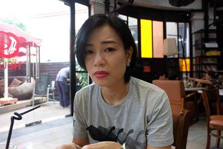"Mac vo Xuan Bac ""doa"" nen im lang, Trang Tran van tiep tuc dap tra - Anh 1"