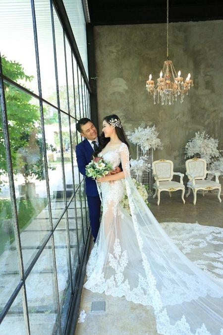 Van Quang Long chinh thuc cong bo chuyen lay vo lan 2, khoe anh ba xa kem 10 tuoi - Anh 2