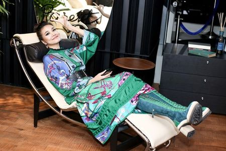 Hoc cach mix do 'chat hon nuoc cat' cua Thanh Hang, dam bao khong ai theo kip! - Anh 4