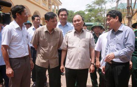 Thu tuong chi dao cong tac khac phuc mua bao tai Nghe An - Anh 2