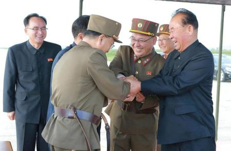 Tan thay ten lua Trieu Tien roi be phong truoc khi bay qua Nhat Ban - Anh 8