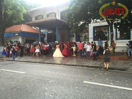 Ha Noi: Show Carnival dau tien khuay dong pho di bo Ho Guom - Anh 16