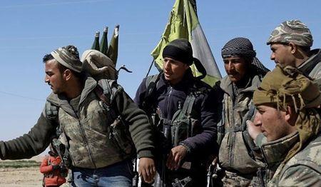 Syria: SDF dieu them quan va vu khi toi Deir Ezzur - Anh 1