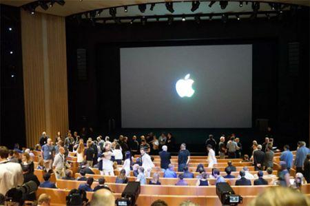 Choang ngop truoc khuon vien lam viec moi cua Apple – Apple Park - Anh 17