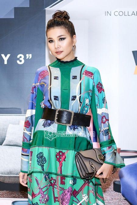 Thanh Hang dien nguyen cay hang hieu khong the 'chat hon' - Anh 3