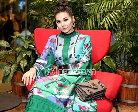 Thanh Hang dien nguyen cay hang hieu khong the 'chat hon' - Anh 5