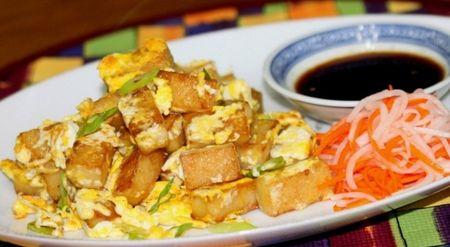 Cach lam bot chien gion ngon an hoai khong ngan - Anh 1