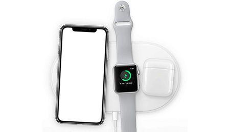 Starbucks co san sac khong day, cam iPhone X, iPhone 8 ngoi ca ngay khong can mang sac - Anh 3