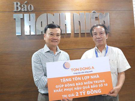 Ton Dong A tang ton lop nha tri gia 2 ti dong giup nguoi dan mien Trung - Anh 2