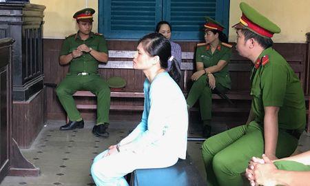 Nguoi dan ba giet ban tinh dong tinh khang khang choi toi truoc toa - Anh 1
