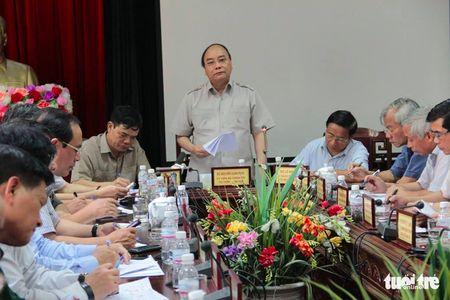 Thu tuong thi sat tan noi viec giup dan chong bao - Anh 6
