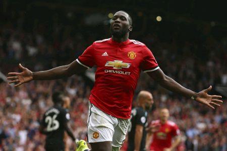 Tin HOT M.U 16/9: Hoi mua Lucas Moura. Lukaku gioi bac nhat. Ghi ban, Rooney nen an mung - Anh 3