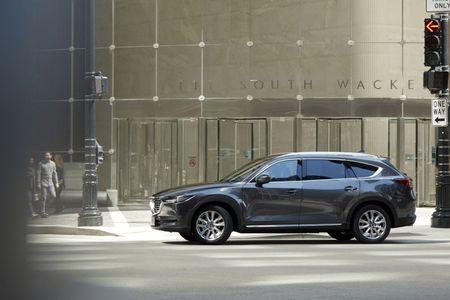 SUV Mazda CX-8 chinh thuc ra mat tai Nhat gia tu 661 trieu - Anh 4