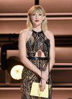 Taylor Swift chính thức quay trở lại cuộc chơi