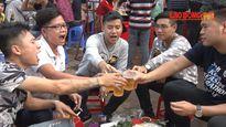 Hàng nghìn người đổ về Quần Ngựa tham dự lễ hội bia Hà Nội