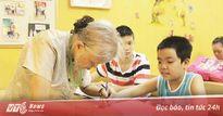 Bà giáo 83 tuổi mở lớp học 'không ngày ra trường'