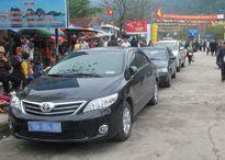 Hà Nội: Thông tin chính thức vụ xe biển số xanh đi lễ hội
