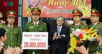 Thưởng nóng lực lượng phá án vụ giết người cướp thép ở Bắc Ninh