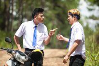 Nhà sản xuất tung trailer 2 để tố cáo vai diễn của Huy Khánh