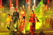 TP.HCM cấm xe đường Nguyễn Huệ 3 ngày