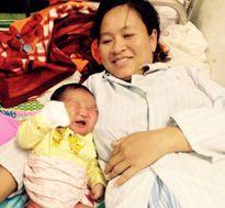 Nghệ An: Bác sỹ 'sốc' khi thai phụ sinh bé trai nặng 6,1kg