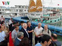 Tổng thống Israel và phu nhân tham quan vịnh Hạ Long