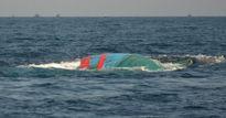 Hai tàu cá gặp nạn, nhiều thuyền viên may mắn thoát chết