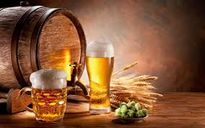 Một nghiên cứu đã chỉ ra: Hai cốc bia lớn giúp giảm đau tốt hơn thuốc giảm đau