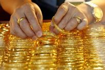Giá vàng hôm nay 16/5: Bất ngờ tăng mạnh khiến người mua choáng váng