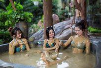 'Mới - lạ' với dịch vụ tắm bùn khoáng tại Núi Thần Tài