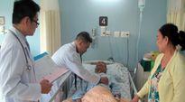 Giá dịch vụ tăng, nhiều bệnh nhân không có BHYT sẽ 'bó tay'