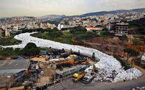 Làn sóng phẫn nộ vì Liban đổ 'núi rác thải' ra Địa Trung Hải