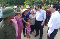 Trưởng Ban Tổ chức T.Ư Phạm Minh Chính dâng hương tưởng niệm Chủ tịch Hồ Chí Minh và các anh hùng liệt sĩ