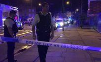 """Xe tải lao vào người đi bộ ở Bắc London, """"một số người bị thương"""""""