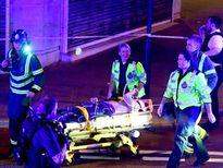 Xe tải lại đâm người kinh hoàng ở London, Anh
