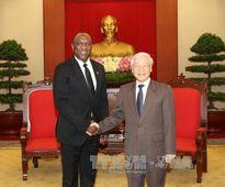 Lãnh đạo nước ta tiếp Chủ tịch Thượng viện Ha-i-ti