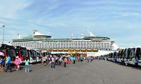 Xử lý nhóm người giăng băng rôn trái phép tại cảng Chân Mây