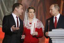 Phu nhân Thủ tướng Nga kể về tình yêu và đám cưới Bạc