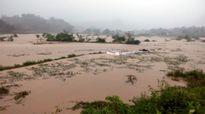 Mưa lũ gây sạt lở nhiều tuyến quốc lộ ở Hà Giang