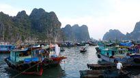 Quảng Ninh cấm tàu, hơn 5.000 khách du lịch 'mắc kẹt' ở các đảo